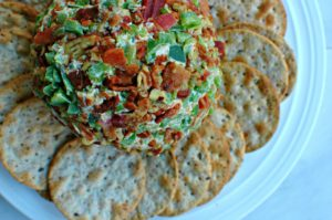 Bacon Jalapeño Cheese Ball || For the Love of Gourmet